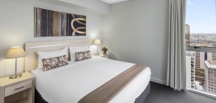 Oaks Festival Towers 1 Bedroom Executive Bed